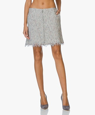 Theory Raw-Edge Skirt Winsty in Tweed