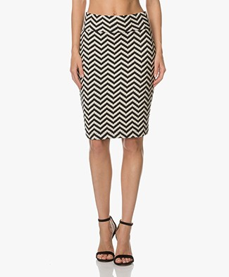 Kyra & Ko Barbara Zigzag Striped Pencil Skirt - Navy/Off-white
