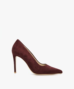 Feraggio Suede Pumps - Grape Red