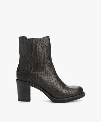 Shabbies Heeled Chelsea Ankle Boots - Sigaro