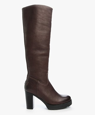 Shabbies High Heeled Leather Boots - Tmoro