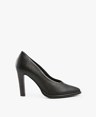 Fred de la Bretonière Leather Pumps - Black