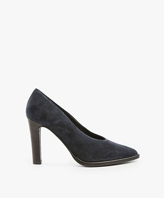 Fred de la Bretonière Suede Pumps - Dark Blue