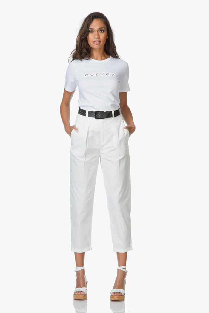 Shop the look clean all white pagina 6 perfectly basics for Nu trend cleaners