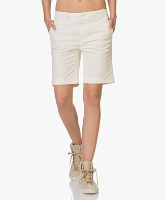 Closed Cotton Shorts - Cream