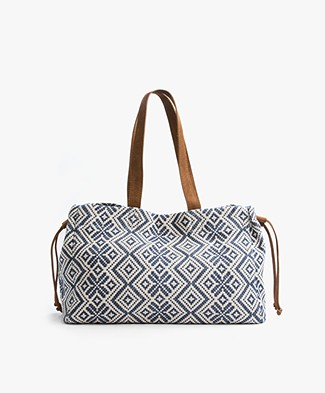 Indi & Cold Jacquard Shopper