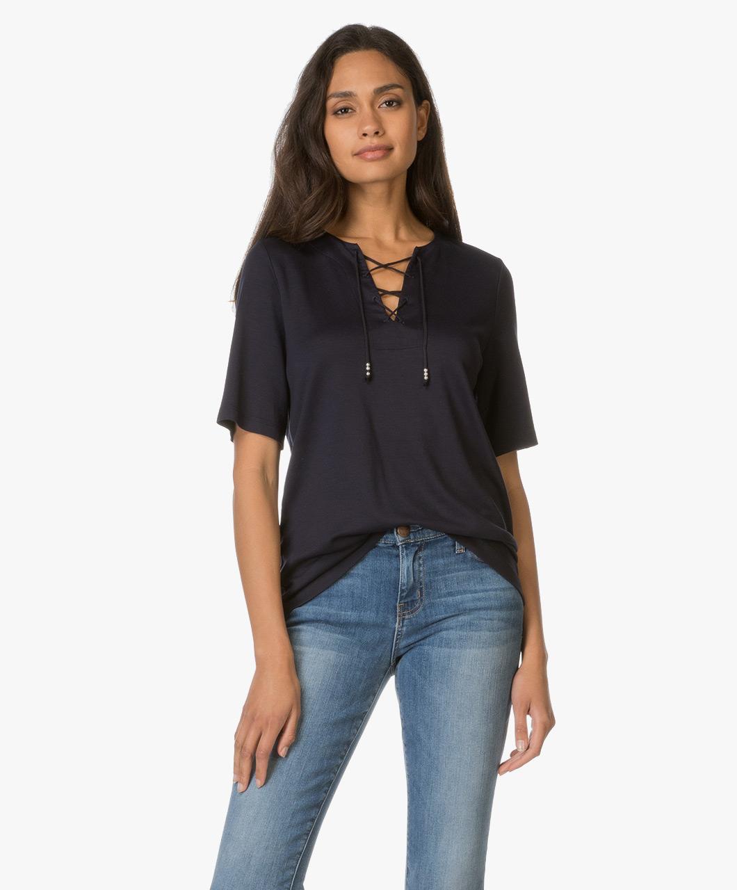 drykorn sahar t shirt with lace closure dark blue sahar 506254 31 donker. Black Bedroom Furniture Sets. Home Design Ideas