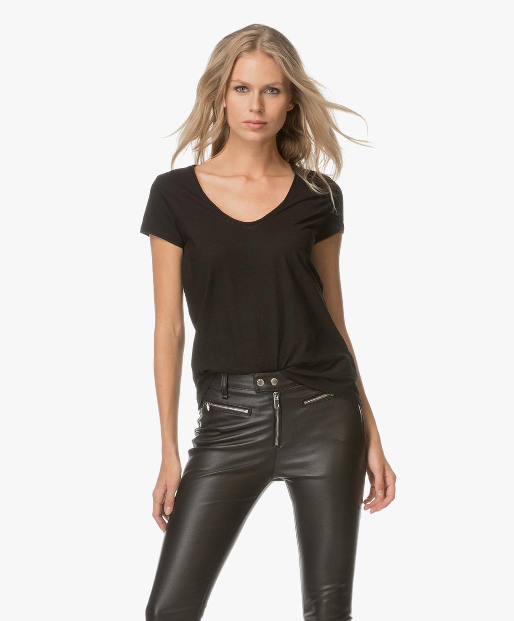 drykorn avivi jersey t shirt black avivi 506100 1000. Black Bedroom Furniture Sets. Home Design Ideas