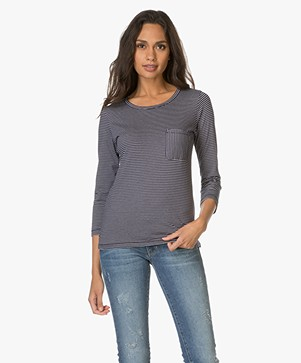 Filippa K Gestreepte Top in Katoen - Bright Navy