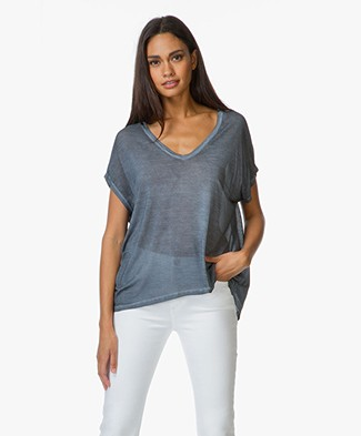 Majestic Silk V-neck T-Shirt