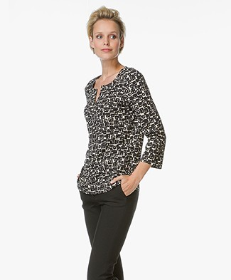 no man's land Print Top - Black