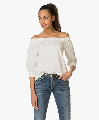 Theory Off-Shoulder Top Joscla in Poplin - Off-White