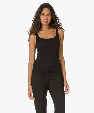 Theory Body-skimming Tank Top Len - Black
