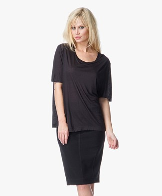 By Malene Birger Jinua T-shirt