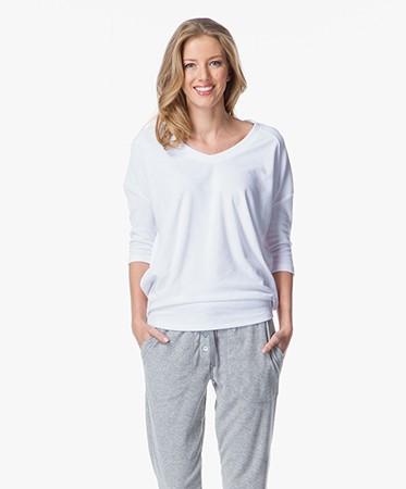 sunday in bed shirt hazel sweater wit frott shirt hazel weiss. Black Bedroom Furniture Sets. Home Design Ideas