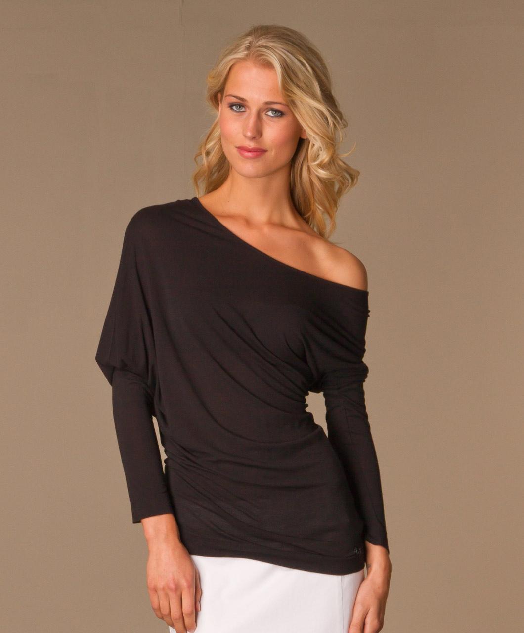 117ea7cc110215 Black Jeans Off The Shoulder Shirt – DACC