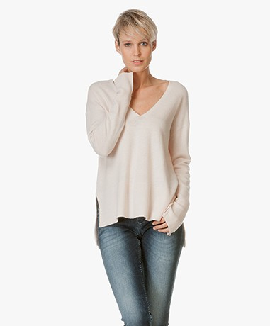By Malene Birger V-neck Pullover Accina - Sweetness