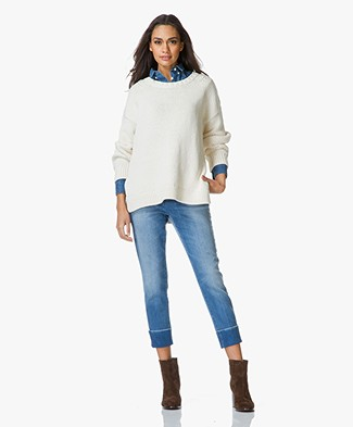 Closed Chunky Knit Sweater with Round Neckline - Blanched