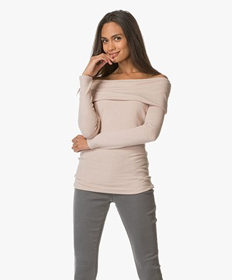 BRAEZ Jersey Off-shoulder Sweater - Old Pink