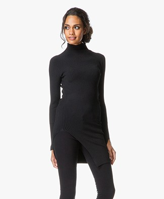 By Malene Birger Lionias Pullover