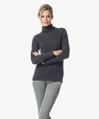 Majestic Cotton and Cashmere Turtle Neck
