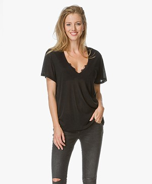 Anine Bing Deep V-neck T-Shirt - Zwart