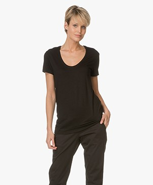 By Malene Birger Fevia Stretch-blend T-shirt - Zwart