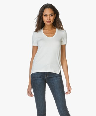 By Malene Birger T-shirt Felicitas in Stretch-blend - Soft White