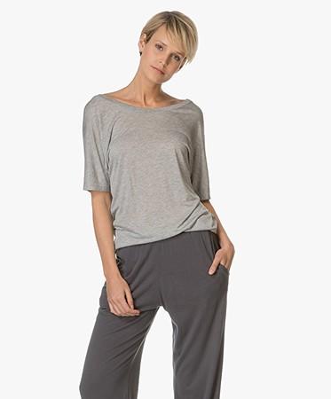 drykorn ilina draped t shirt grey melange ilina 507115 8 hellgrau. Black Bedroom Furniture Sets. Home Design Ideas